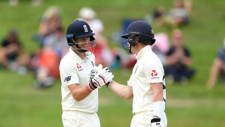 Root eyes double century as England edge ahead of New Zealand