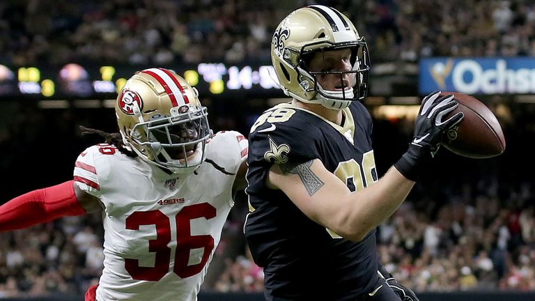 NEW ORLEANS, LOUISIANA - DECEMBER 08: Josh Hill #89 of the New Orleans Saints scores a touchdown against the San Francisco 49ers during the second quarter in the game at Mercedes Benz Superdome on December 08, 2019 in New Orleans, Louisiana. (Photo by Jonathan Bachman/Getty Images)
