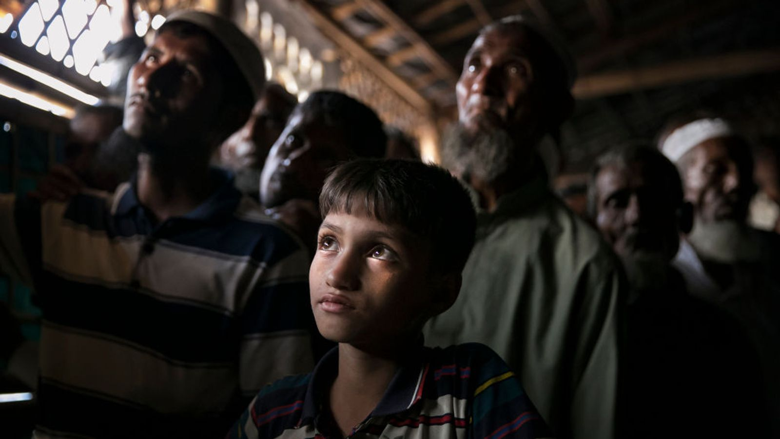 Myanmar forces 'committed war crimes against Rohingya'