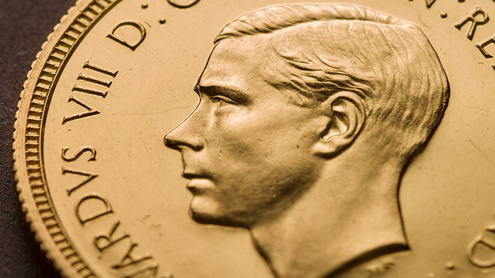 Rare Edward VIII sovereign coin sells for £1m - and why he's facing the wrong way
