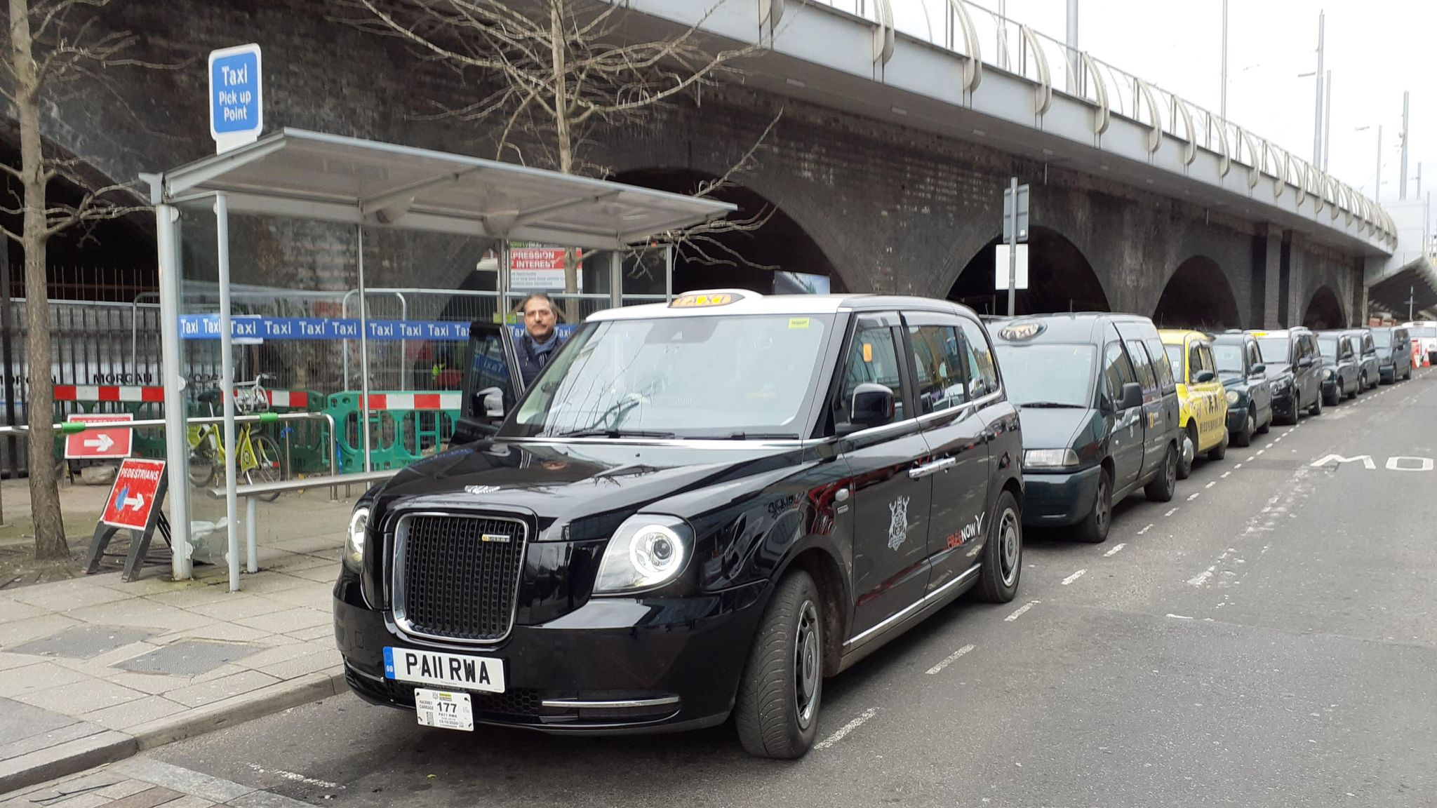 Nottingham to trial wireless charging for electric taxis in UK first