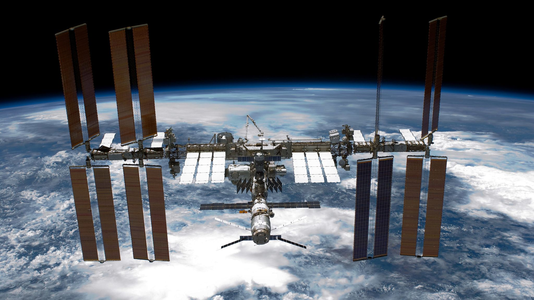 International Space Station: Astronauts repair cosmic ray detector