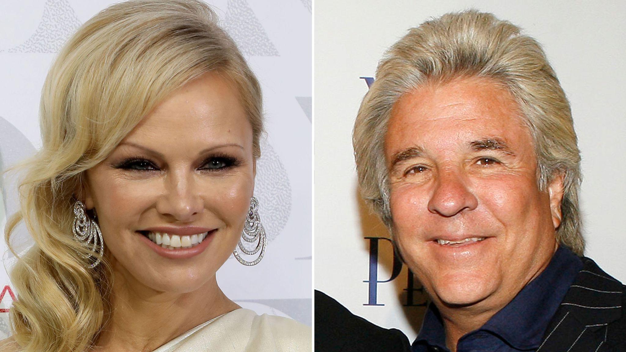 Pamela Anderson marries 'bad boy of Hollywood' Jon Peters