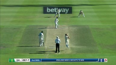 de Kock caught out by Woakes