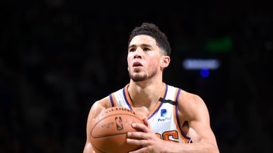 Booker dominates in Suns win