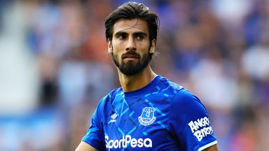 Ancelotti: Gomes good to go against Man Utd