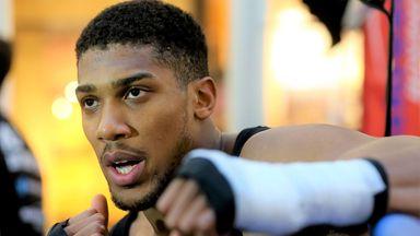 Hearn: AJ wants Wilder or Fury in Saudi