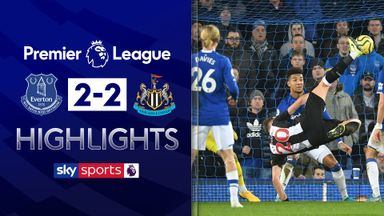 Lejeune stoppage-time double rescues Toon