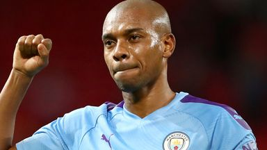 Pep: Fernandinho plays like a young guy