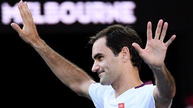 Federer shows off trick shots