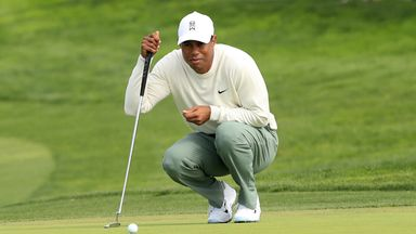 Tiger's 'crazy' four-putt start