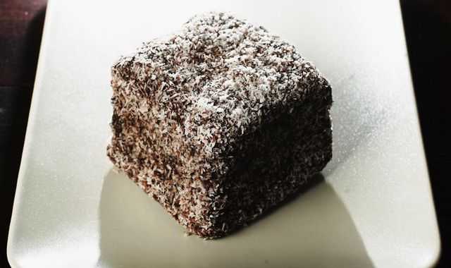 Woman dies in pub's lamington-eating contest in Australia