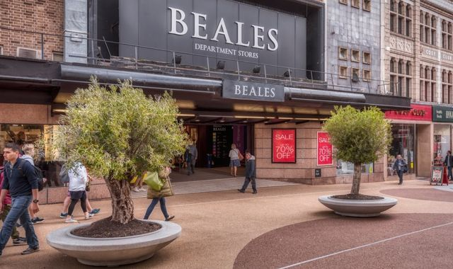 Department store chain Beales poised to decide on administration