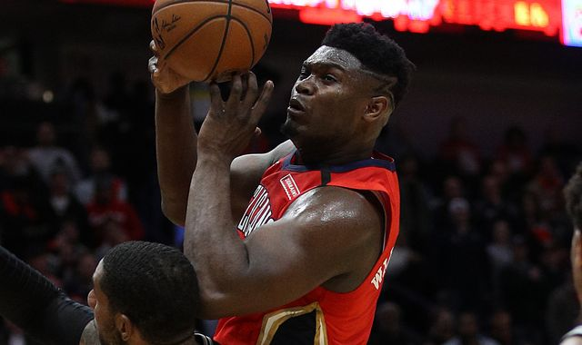 Zion Williamson: Jrue Holiday says rookie's contribution on record-setting NBA debut 'elite'
