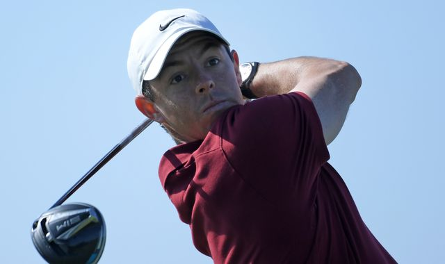 Rory McIlroy well placed for world No 1 bid as Tiger Woods fires 69 at Torrey Pines