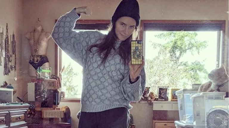 Amanda Knox said she was wearing the same jumper and trousers she wore in prison