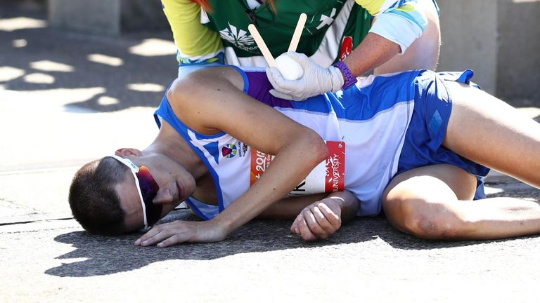 Callum Hawkins collapsed from heat exhaustion while leading the 2018 Commonwealth Games marathon