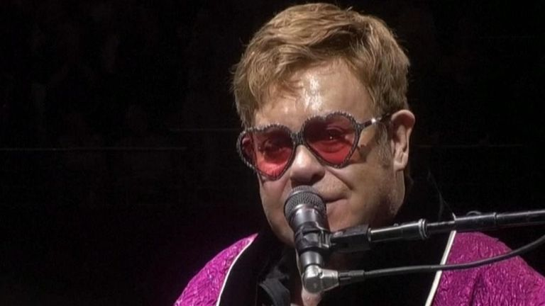 Sir Elton John pledges one million dollars to Australian bushfires fund
