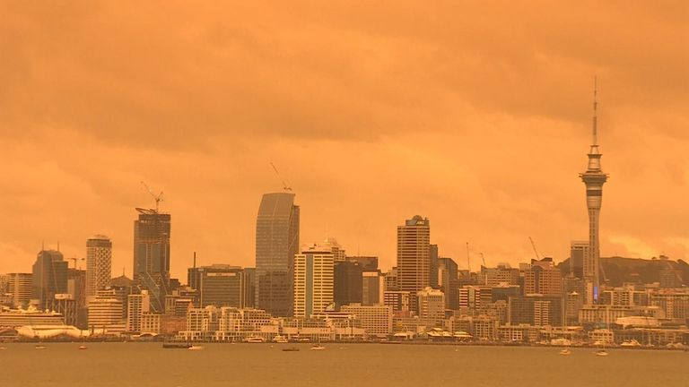 The sky above the New Zealand city of Auckland turned orange with haze from Australia's raging bushfires over 1000 miles away.