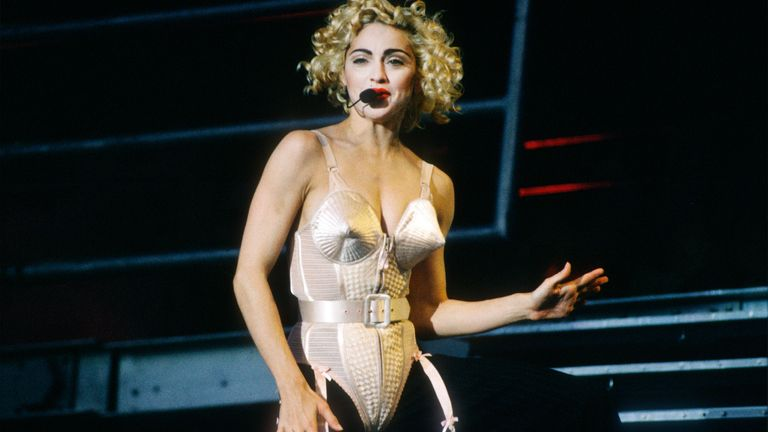 Madonna - Feyenoord Stadion - De Kuip - Rotterdam - Holland - 24/07/1990.Blonde Ambition Tour.Photo gie Knaeps