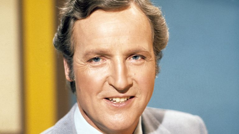 Nicholas Parsons on Sale Of The Century in 1977