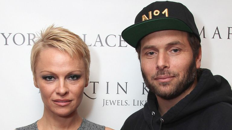 Anderson married the poker player Rick Salomon twice
