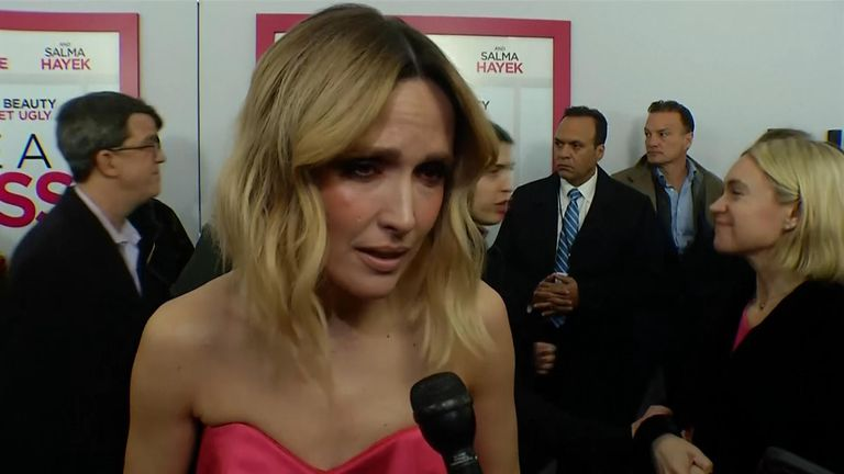 "At the premiere of ""Like a Boss"", Rose Byrne pleaded for people to donate whatever they can to help those in Australia"