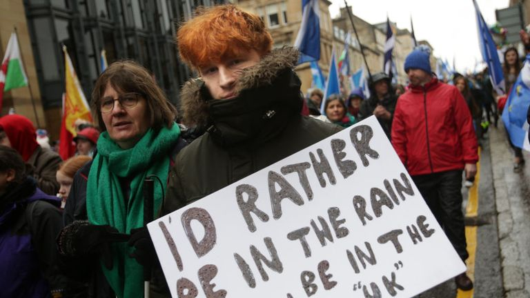 GLASGOW, SCOTLAND - JANUARY 11: Protesters take part in a Pro-Independence march on January 11, 2020 in Glasgow, Scotland. Tens of Thousands of people joined the All Under One Banner march to call for Scottish Independence following the SNP's success in December's general election. (Photo by David Cheskin/Getty Images)