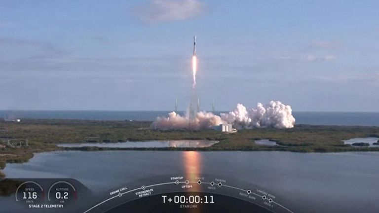 SpaceX launches 60 new satellites