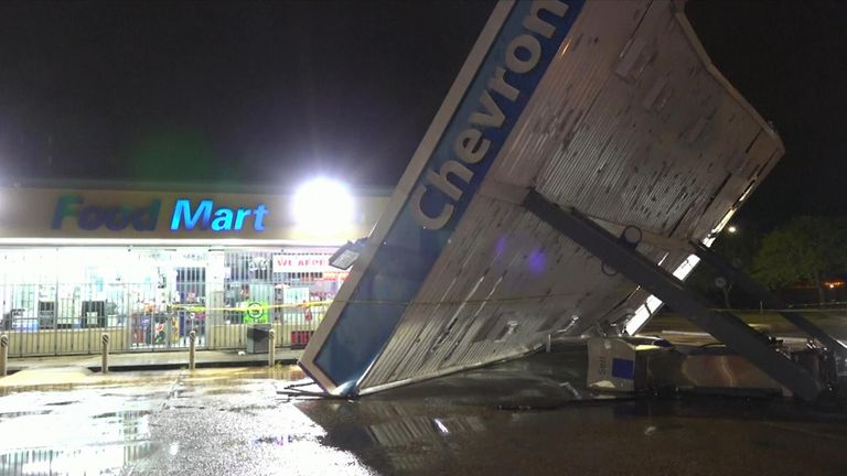 Storms leave damage in the Midwest of the US
