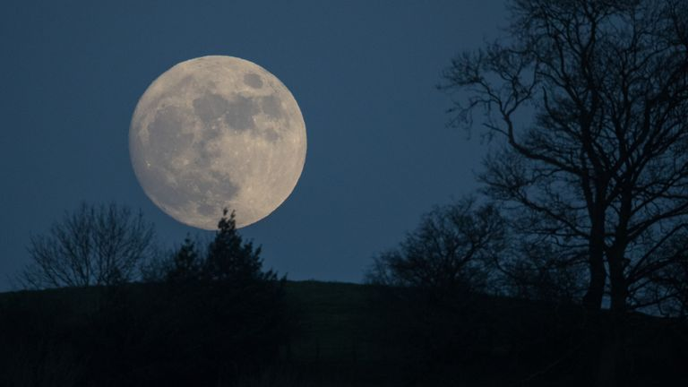 The 'wolf moon' rose above Glastonbury in January 2017 - and returns tonight