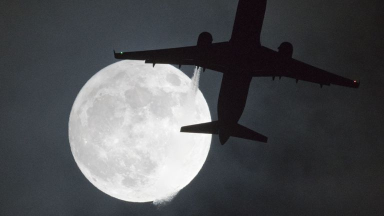 The January 2018 'wolf moon' above Heathrow