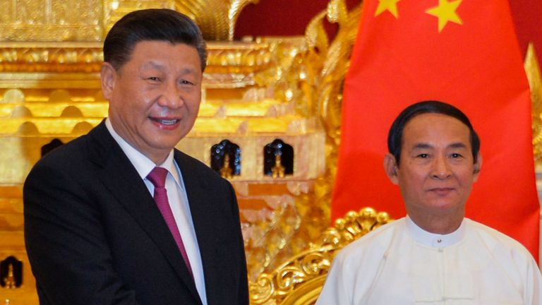 Chinese President Xi Jinping (L) and Myanmar President Win Myint shake hand during their meeting at the Presidential Palace in Naypyidaw on January 17, 2020. - Chinese President Xi Jinping touched down in Myanmar's capital, January 17 on a state visit aimed at buttressing the embattled government of Aung San Suu Kyi and driving through multi-billion-dollar infrastructure deals. (Photo by Thet Aung / AFP) (Photo by THET AUNG/AFP via Getty Images)