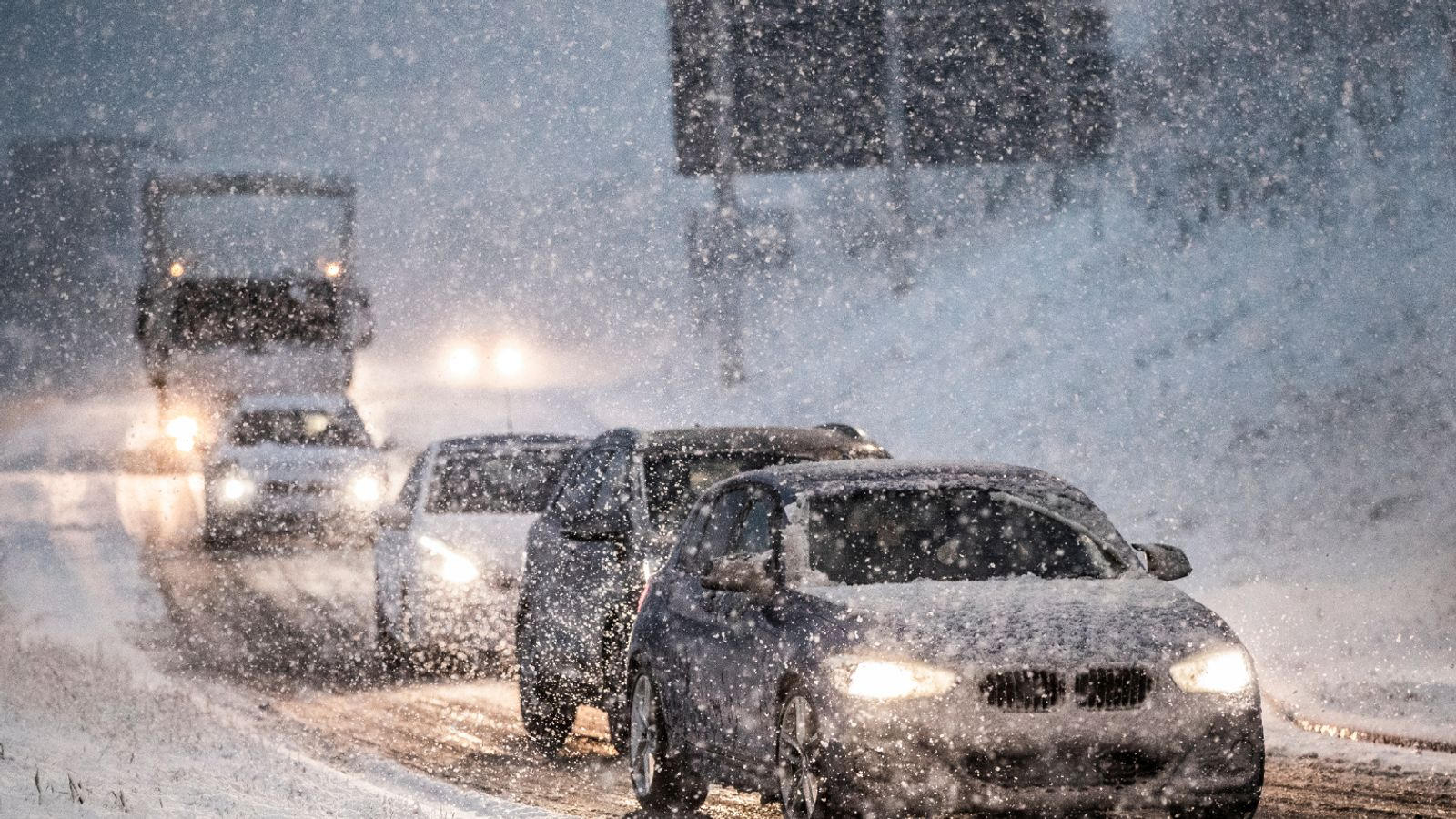 UK weather: Snow and ice warnings for large parts of UK after flood chaos