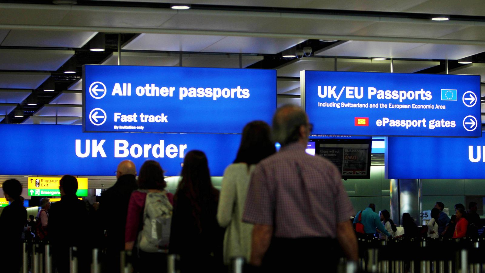 Low-skilled workers to be denied visas under immigration shake-up