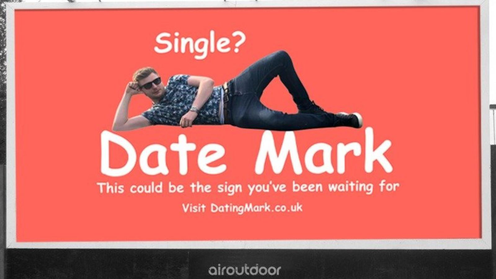 Man lands Valentine's date after advertising himself on a billboard