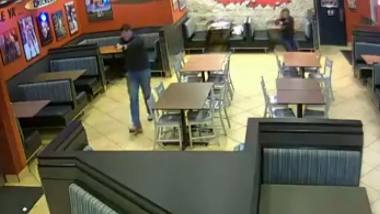 Married off-duty police officers stop robbery while on date night
