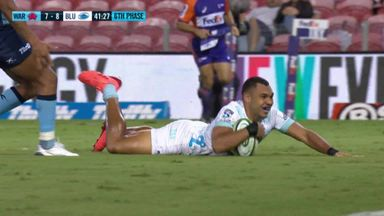 Marchant scores first Super Rugby try