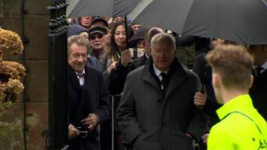 Man Utd legends attend Gregg funeral
