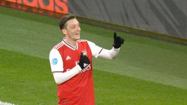 Ozil scores Arsenal's third (90)