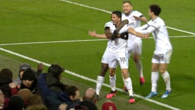 Fornals gives West Ham lead (55)