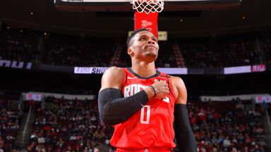 Westbrook erupts with 33 in Rockets win