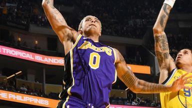 Kuzma throws down fierce breakaway dunk