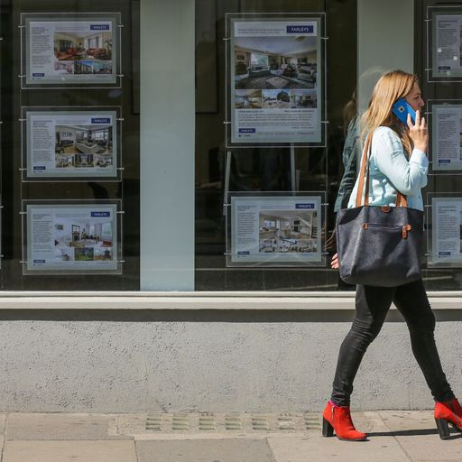 Rightmove reports dip in asking prices amid rush to beat stamp duty deadline