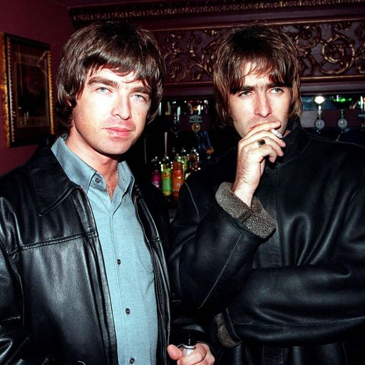 Oasis: Former insiders on fame, punch-ups and not having baths