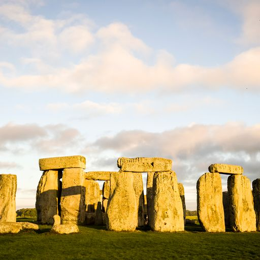 Stonehenge was built by early immigrants, study finds