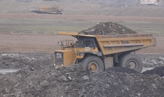 Government 'failing to show leadership' over plans for new coal mines