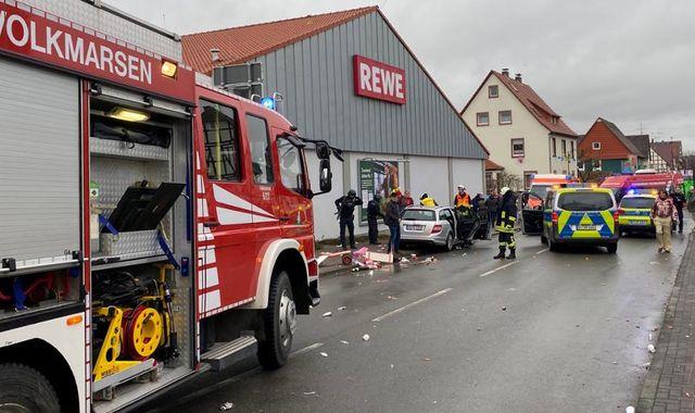 Germany: Ten injured as car drives into carnival parade