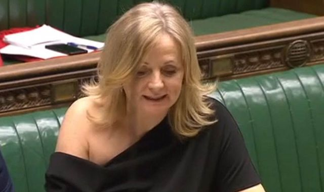 Tracy Brabin: MP's off-the-shoulder dress raises £20,000 for Girlguiding UK