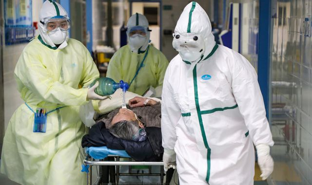 Coronavirus: China reports drop in new cases for third straight day